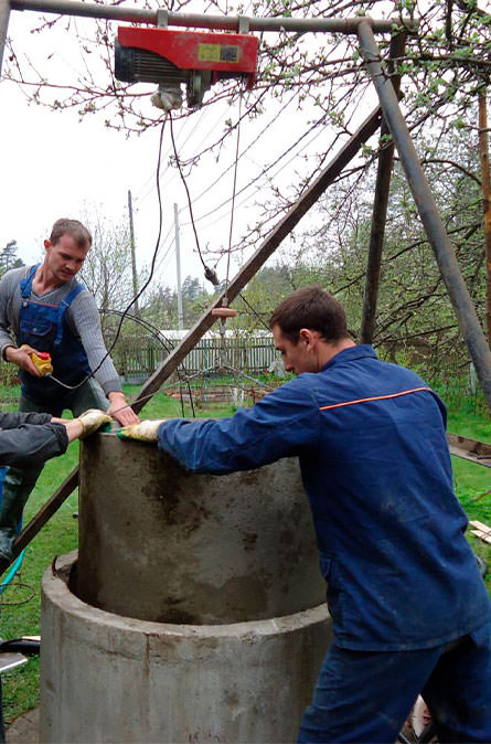 Как мы углубляем колодец в Чеховском районе